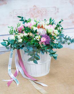 106 Букет цветов с эвкалиптом, аллиумом, протеей, фисташкой, лизиантусом, ...